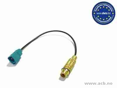 Connector for Video RCA to Fakra. For example for MERCEDES Command systems.